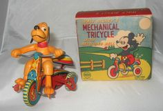 Mechanical Tricycle with revolving bell, w/ box, 286,88 € (17/02/14)