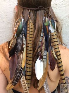 2. #Tribal-Inspired Headband - 34 #Amazing Coachella #Looks You Can Easily Copy ... → #Fashion #Outfit