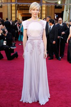 See the most iconic Givenchy red carpet looks here, like ...