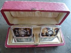 SILVER & TORTOISESHELL PLACE CARD HOLDERS