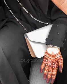 Simple Mehndi Designs Fingers, Pretty Henna Designs, Floral Henna Designs, Stylish Mehndi Designs, Latest Bridal Mehndi Designs, Full Hand Mehndi Designs, Mehndi Designs Book, Mehndi Designs For Girls, Mehndi Design Photos