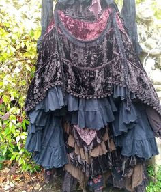 QUIRKY VELVET BUSTLE SKIRT & HITCH CLIPS FREESIZE STEAMPUNK PIRATE LAGENLOOK | eBay
