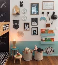 Pin of NaTocacombr By AR Design (Allison Cerqueira and Renata Fragelli) with Fina Stampa and Mini Móbile Ateliê (photo Nicolas Bouriette) The post Twin room appeared first on Woman Casual - Kids and parenting Home Decor Bedroom, Bedroom Wall, Girls Bedroom, Bedroom Lamps, Wall Decor Kids Room, Playroom Decor, Playroom Ideas, Art Wall For Kids, Kid Wall Art