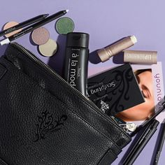 Collections & Sets Check out younique product. Presented by Ashley Bales. https://www.youniqueproducts.com/Ashleysbeautysecret
