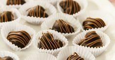 Aprende a preparar esta receta de Bombones de chocolate, por Virginia Sar en elgourmet