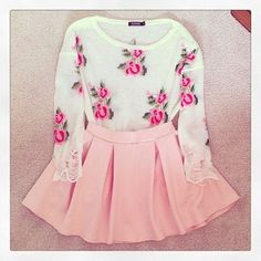 Cute Spring Outfit: This would be such a cute outfit for spring!