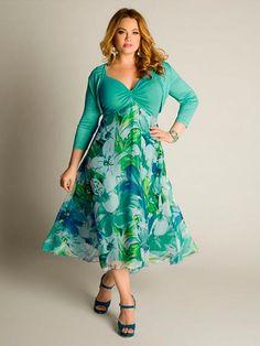 Vestido para invitadas color verde estampado de flores manga tres cuartos
