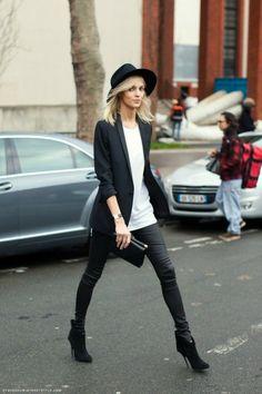 Models Off-Duty: Anja Rubik Looks Street Style, Street Look, Looks Style, Street Chic, Paris Street, Street Wear, Street Outfit, Moda Rock, Blazer Outfit