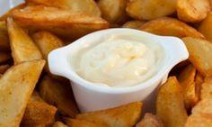 Rezept für vegane Käsesauce für Käsespätzle, Nachos, Nudeln. Hauptbestandteile: Kartoffeln, Möhren und etwas Hefe.