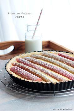 Rhubarb Custard Tarte