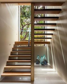 Design Trends: A house transformed sings to its site