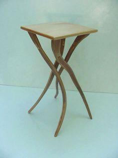 Birch Tree Table: Legs detach for shipping.