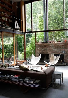 Minimalist Living Room Design Ideas For A Stunning Modern Home. Find and save ideas about Minimalist living rooms in this article. Deco Design, Design Case, Interior Exterior, Interior Architecture, Sustainable Architecture, Room Interior, Style At Home, Sweet Home, Home Fashion