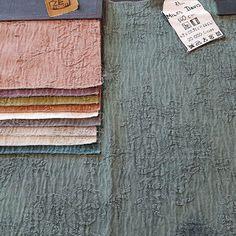"""""""MILES DAVIS"""" de la Colección """"JAZZ""""  Caracterizándose por su constante evolución y búsqueda de nuevos caminos… #telas #textil #deco #decoracion #nuevacoleccion #interiorismo #tapiceria #tendencia #fabricante #mayorista #ZE #ZEconzeta #fabrics #textile #Decor #newcolletion #interiordesign #upholstery #trending #maker #wholesaler #zeconzetafabrics #texturas #textil #jazz #progress"""