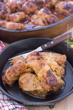 Rețeta de sarmale cu varză murată. My Recipes, Recipies, Cooking Recipes, Romanian Food Traditional, Pork, Meat, Blog, Mariana, Romanian Recipes