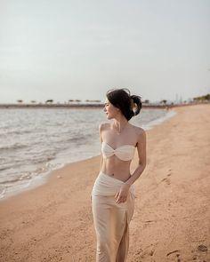 Korean Girl Photo, Korean Girl Fashion, Mai Davika, Skinny Inspiration, Beach Girls, Girl Photography Poses, Girls In Love, Women Lingerie, Summer Beach