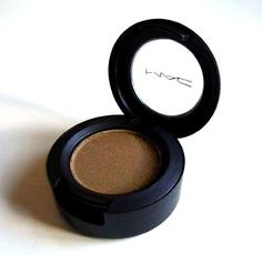 MAC woodwinked- a great metallic medium brown with a lot of sheen, this is great for an everyday look!