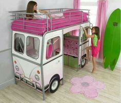 Girl's bus room