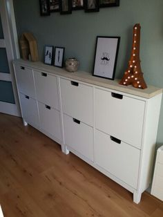 Ställ schoenenkast van Ikea met steigerhout!