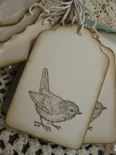 Old Fashioned Bird Hang Tags-Set of Eight por TreeTopTemptations