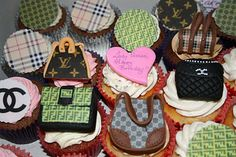 2 of my fav things - cupcakes & handbags! Fashion Cupcakes, Girl Cupcakes, Treats, Desserts, Handbags, Food, Style, Sweet Like Candy, Tailgate Desserts