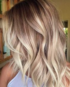 Pretty blonde ombré hair color #haircolor #blonde