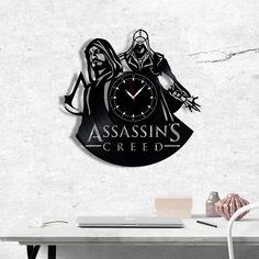 Assassin's Creed Vinyl Record Clock - Assassins Creed wall clock - Best Gift for Fans Assassin's - Original Gift for Wall Decor Vinyl Record Clock, Vinyl Records, Record Crafts, Assassins Creed, Gift Guide, Best Gifts, Gifts For Her, Vinyl Gifts, Gift Wrapping