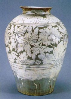 (Korea) Buncheong Porcelain Jar with peony Bottle. ca 15th century CE. 45cm. National Museum of Korea.