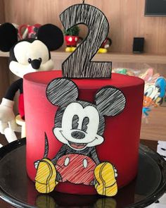 Cake amazing disney mickey mouse 53 Ideas for 2019 Bolo Mickey E Minnie, Disney Micky Maus, Mickey Mouse Birthday Cake, Fiesta Mickey Mouse, Mickey Cakes, Elmo Birthday, Dinosaur Birthday, Minnie Mouse, Mickey Mouse Clubhouse Cake