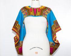 Haussement d'épaules impression africaine par aconversationpiece