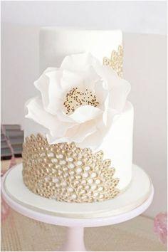 60 elegant wedding cake ideas 9