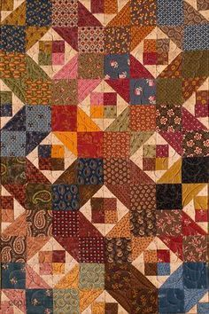 Small Treasures from Scraps: More Simply Charming Quilts