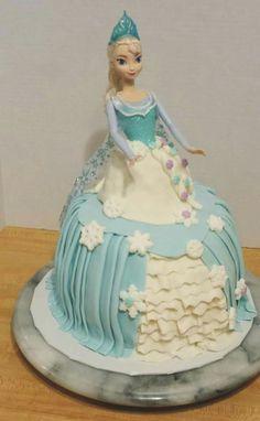 elsa valentine day cake