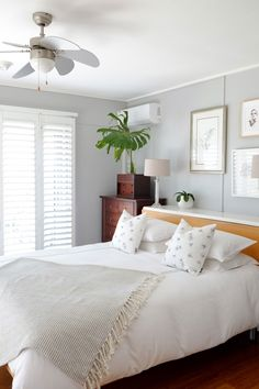 7 unexpected storage solutions for small bedrooms hidden storage bedroom bookcase and focal points