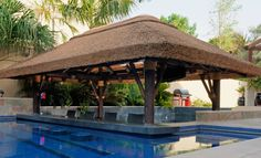 Swim-up poolbar with thatched gazebo bar! bar How thatching can help you become more environmentally friendly Pool Gazebo, Small Gazebo, Hot Tub Gazebo, Outdoor Gazebos, Outdoor Structures, Timber Pergola, Outdoor Restaurant, Luxury Pools, Outdoor Seating Areas