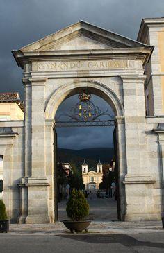 Puerta de La Reina en La Granja de San Ildefonso (Segovia)