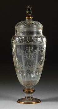 Kleine Deckelvase Künstler: Miseroni, Mailand um 1560/1570. Bergkristall; Fassung: Gold, Email.