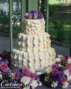 This wedding cake is okay Pink Cupcakes, Cupcake Cakes, Beautiful Cakes, Amazing Cakes, Extreme Cakes, Ruffle Cake, Ruffles, Different Cakes, Dream Cake