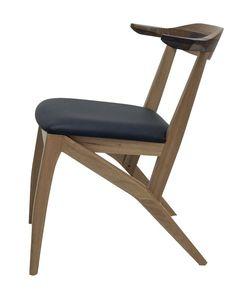 Cadeira Yoko, design Aristeu Pires