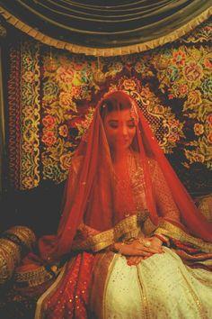 shaadifashion:    This Modern Love by Sitwat Rizvi