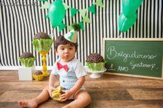 Brigaderoso é o apelido do Téo...Smash the Cake