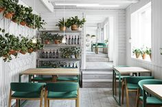 Organic restaurant, Vino Veritas, in Oslo, Norway (image via Restaurant & Bar Design)