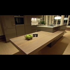 Bilderesultat for superoppusserne New Homes, Dining Table, Decor, Furniture, Home Kitchens, Table, Home, Home Decor