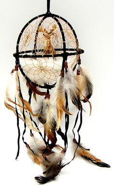 Dream Catcher with something other than a deer. i like the cage though. Dream Catcher Craft, Dream Catcher Mobile, Dream Catcher Native American, Native American Art, Beautiful Dream Catchers, Baby Mobile, Medicine Wheel, Nativity Crafts, Feather Art