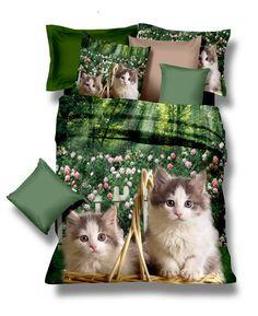 Zelené posteľné obliečky s malými mačkami v prírode - domtextilu. Comforters, Blanket, Bed, Home, Creature Comforts, Blankets, Stream Bed, Ad Home, Homes