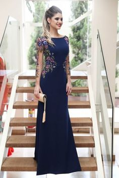 Marinho bordado Gown sophisticated for Female Wedding OfficientMermaid Long Sleeves Navy Blue Scoop Prom Dresses Long Formal Dresses on sale – PromDress.Buy Mermaid Long Sleeves Navy Blue Scoop Prom Dresses Long Formal Dresses in uk. Elegant Dresses, Pretty Dresses, Beautiful Dresses, Lace Dresses, Casual Dresses, Burgundy Homecoming Dresses, Bridesmaid Dresses, Wedding Dresses, Burgundy Bridesmaid