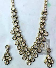#Diamonds Polki #Jadau Set to add sparkle in this #festive season from Divine Gems & Jewellery Pvt. Ltd. FB: www.facebook.com/divinegemsandjewellery Whatsapp no.: 09810176276 Website : www.divinejewellery.net Hand Jewelry, Gems Jewelry, Jewellery, 14 June, Indian Jewelry, Festive, Diamonds, Sparkle, Neckline