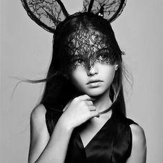 今年の子供たちのハロウィン衣装は・・・♥♥ママたちはレースマスク♥♥|増山敬子オフィシャルブログ「one life with fashion,,」Powered by Ameba