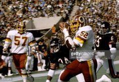 washington redskins 1981 | Washington Redskins linebacker Neal Olkewicz intercepts a pass and ...