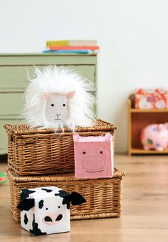 These stackable soft felt and fur toys are ideal for little tots. Imitating a number of barnyard animals, they're a fantastic way to get your child learning from a young age. Ours are made from lightweight foam cubes, which have been covered in felt shapes and shaggy fur to make a sheep, cow and pig.